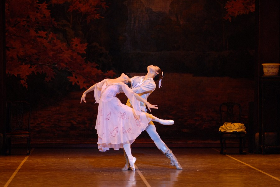 Dancers of the Shanghai Ballet in THE BUTTERFLY LOVERS (Photo: CAMI)