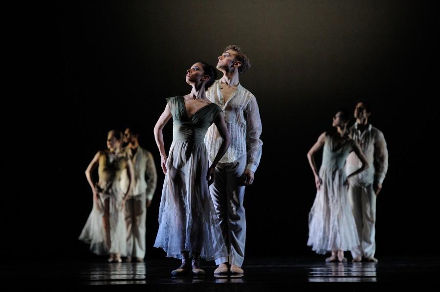 San Francisco Ballet in Wheeldon's GHOSTS (Photo: Erik Tomasson)