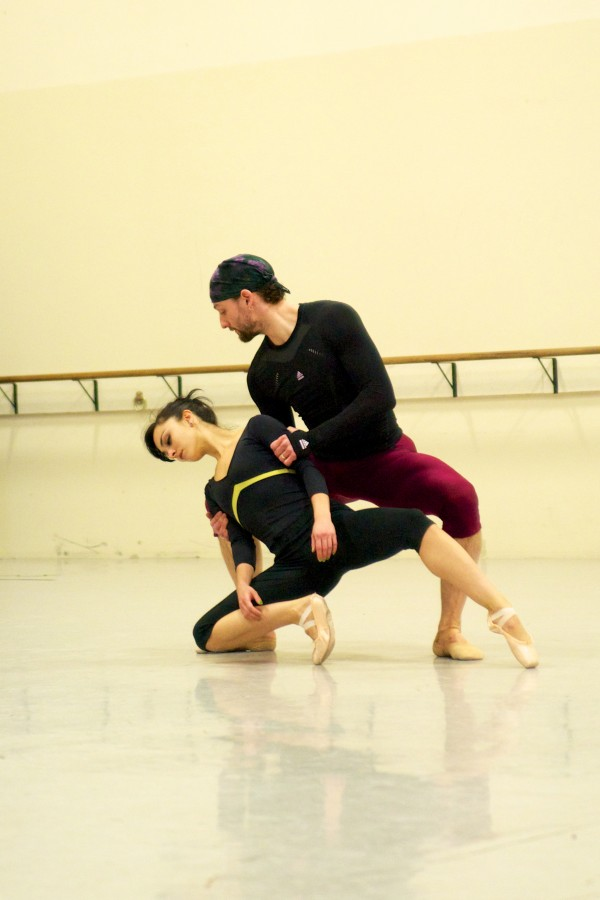 Nicole Teague and Ryan Martin of Milwaukee Ballet in rehearsal (Photo: Petr Zahradnicek)