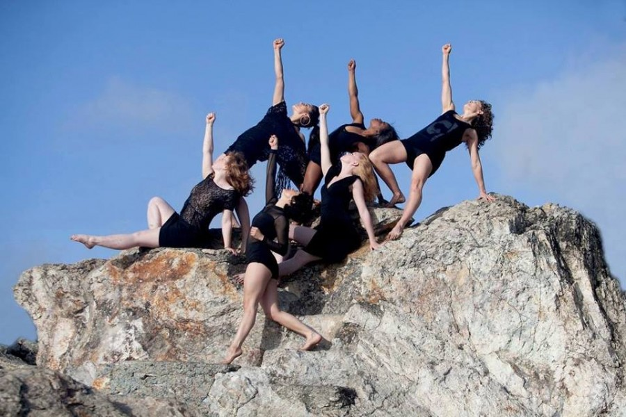 Dancers of the Sarah Bush Dance Project in ROCKED BY WOMEN (Photo: Desdemona Burgin)
