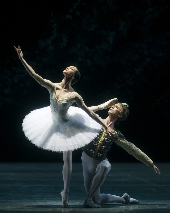 Olga Smirnova and Vadim Muntagirov as Nikiya and Solor in American Ballet Theatre's production of La Bayadère (Photo: Gene Schiavone)