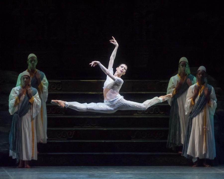 Viktoria Tereshkina as Nikiya in American Ballet Theatre's production of La Bayadère (Photo: Gene Schiavone)