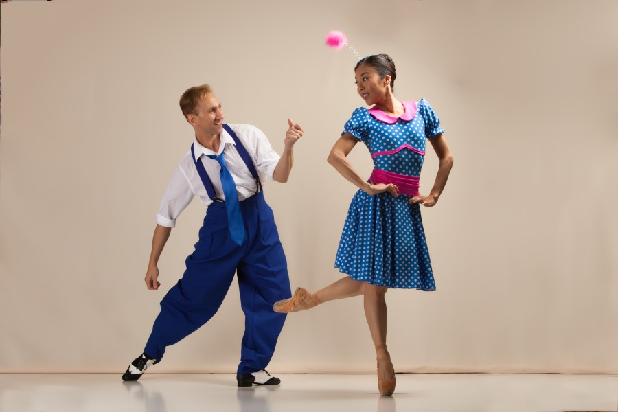 Hiromi Yamazaki and Edward Stegge of Diablo Ballet in A Swingin' Holiday