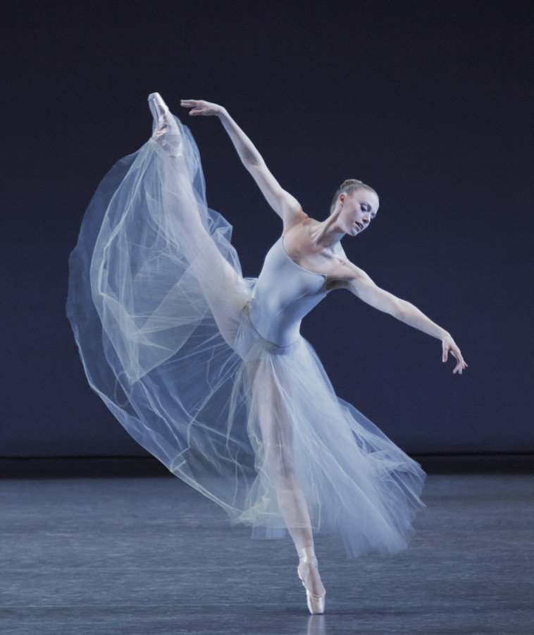 The statuesque Teresa Reichlen in George Balanchine's SERENADE (Photo: Paul Kolnik)