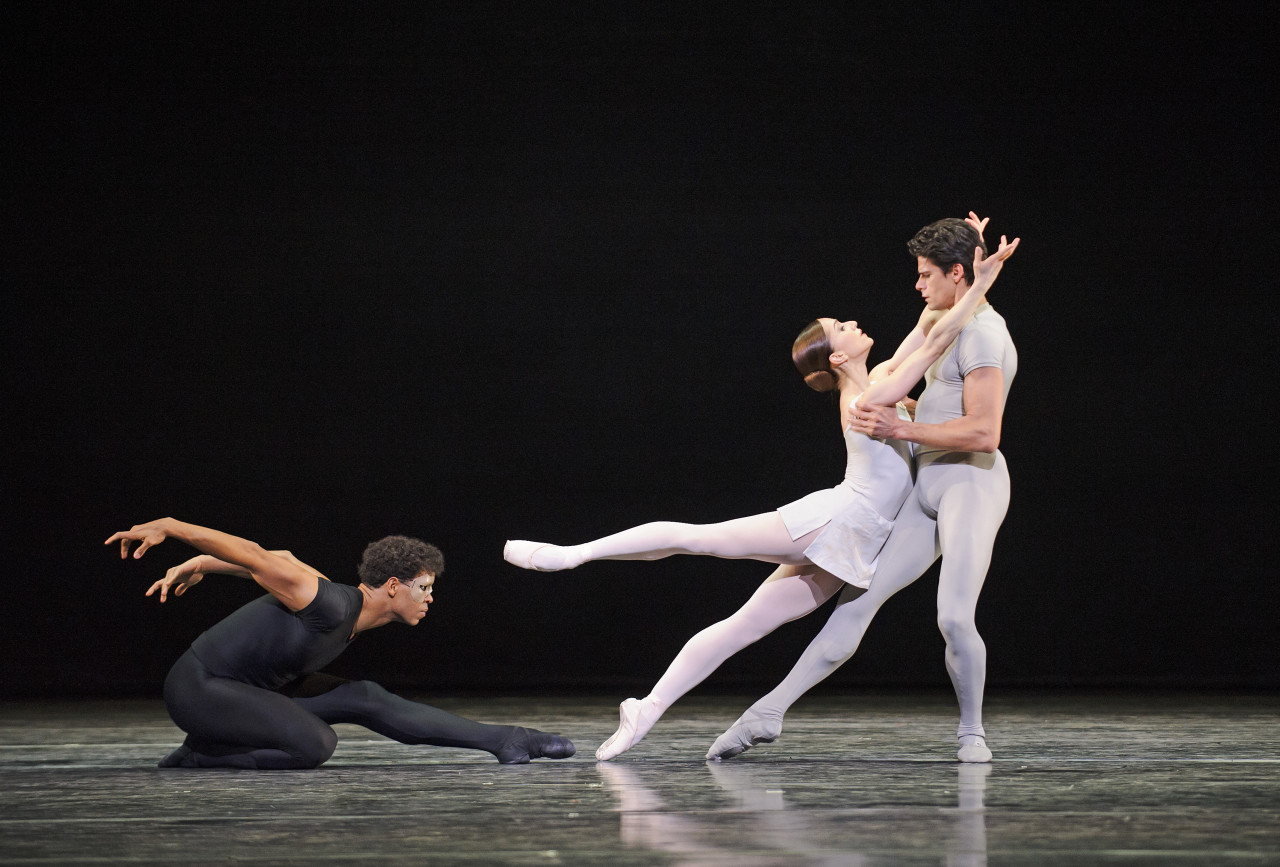 Carlos Acosta, Marianela Nuñez, and Nehemiah Kish in Kenneth MacMillan's SONG OF THE EARTH (Photo: Tristram Kenton)