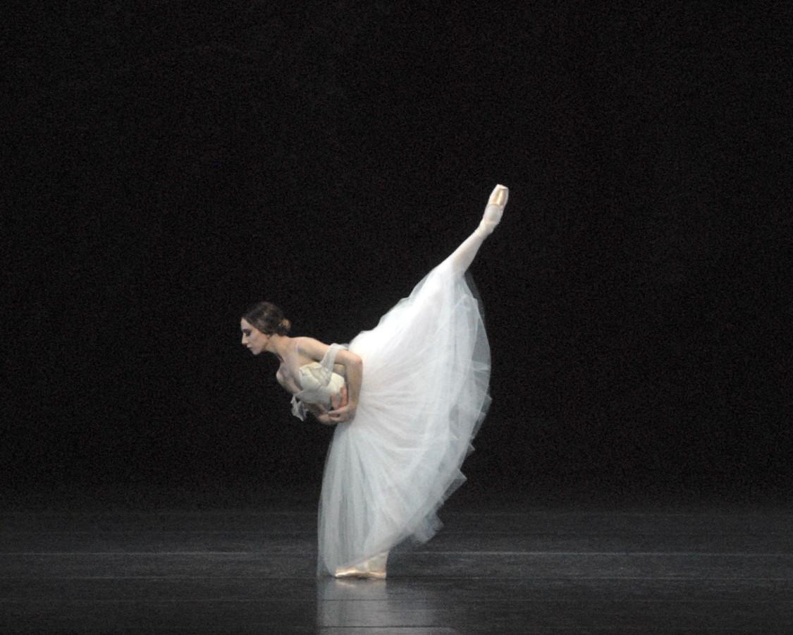 Isabella Boylston in American Ballet Theatre's GISELLE (Photo: MIRA)