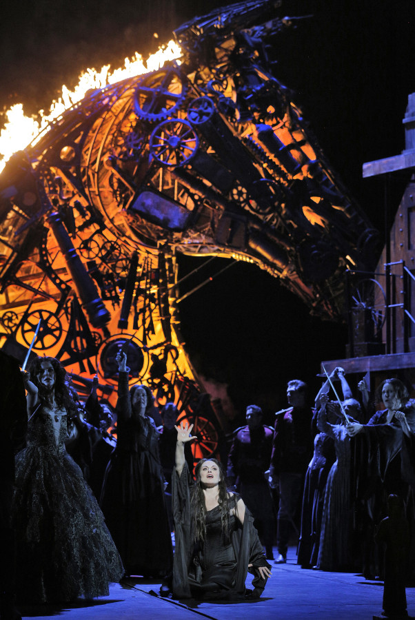 Les Troyens at San Francisco Opera. Sets designed by Es Devlin. ©Cory Weaver/San Francisco Opera