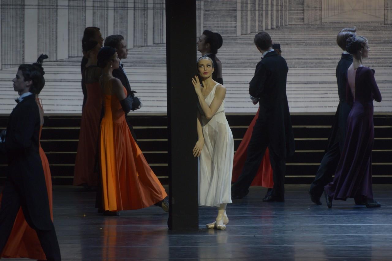 Diana Vishneva in Ratmansky's Cinderella (Photo: Vladimir Baranovsky)