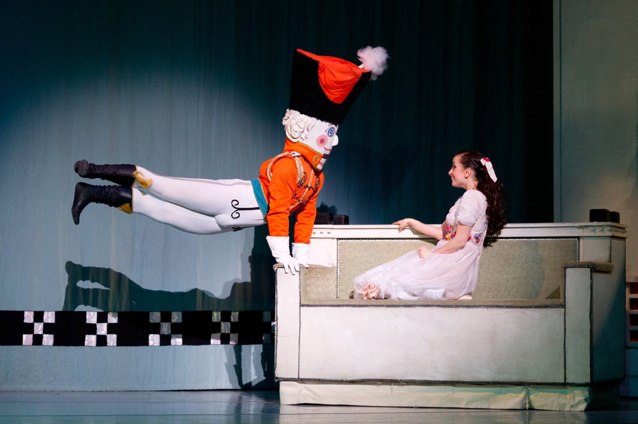 Graham Lustig's NUTCRACKER for Oakland Ballet (Photo: David DeSilva)