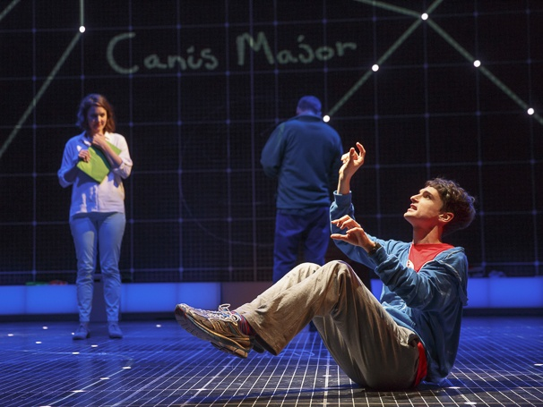 Rosie Benton and Tyler Lea in THE CURIOUS INCIDENT OF THE DOG IN THE NIGHT-TIME at the Ethel Barrymore Theatre