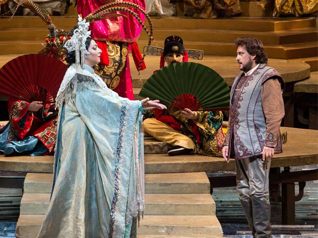 Christine Goerke and Marcelo Alvarez in Franco Zefirelli's production of TURANDOT at the Metropolitan Opera