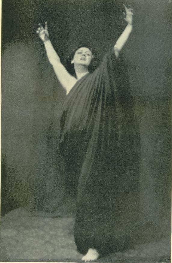 Isadora Duncan (Photo: Arnold Genthe)