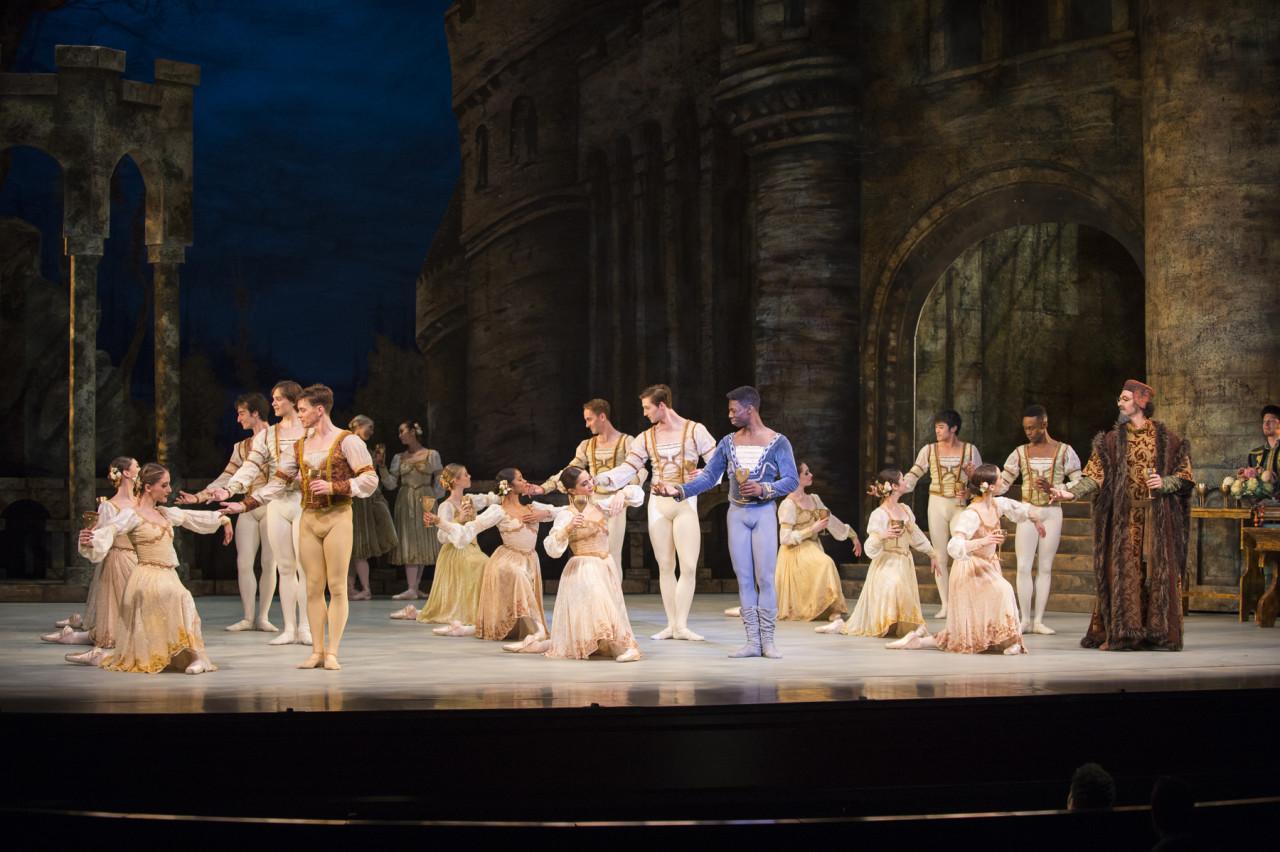 Artists of The Washington Ballet in Swan Lake (Photo: Theo Kossenas)