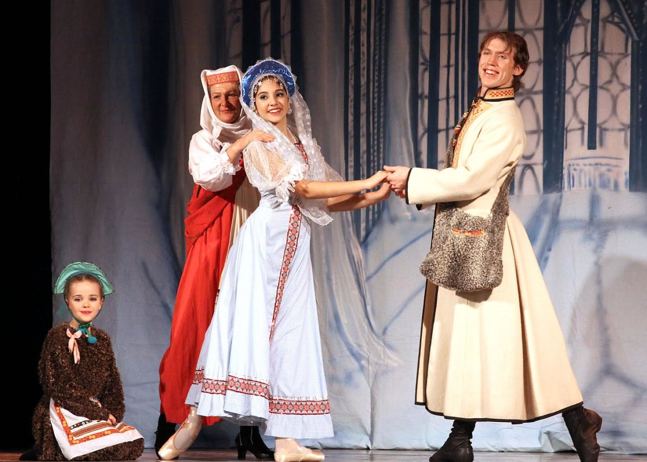 Grace Berger as Domovoi,  Nella Papadin as the Old Woman, Evan Johnston as Lel, and Emily Curiel as The Snow Maiden (Photo: Pat Adams)