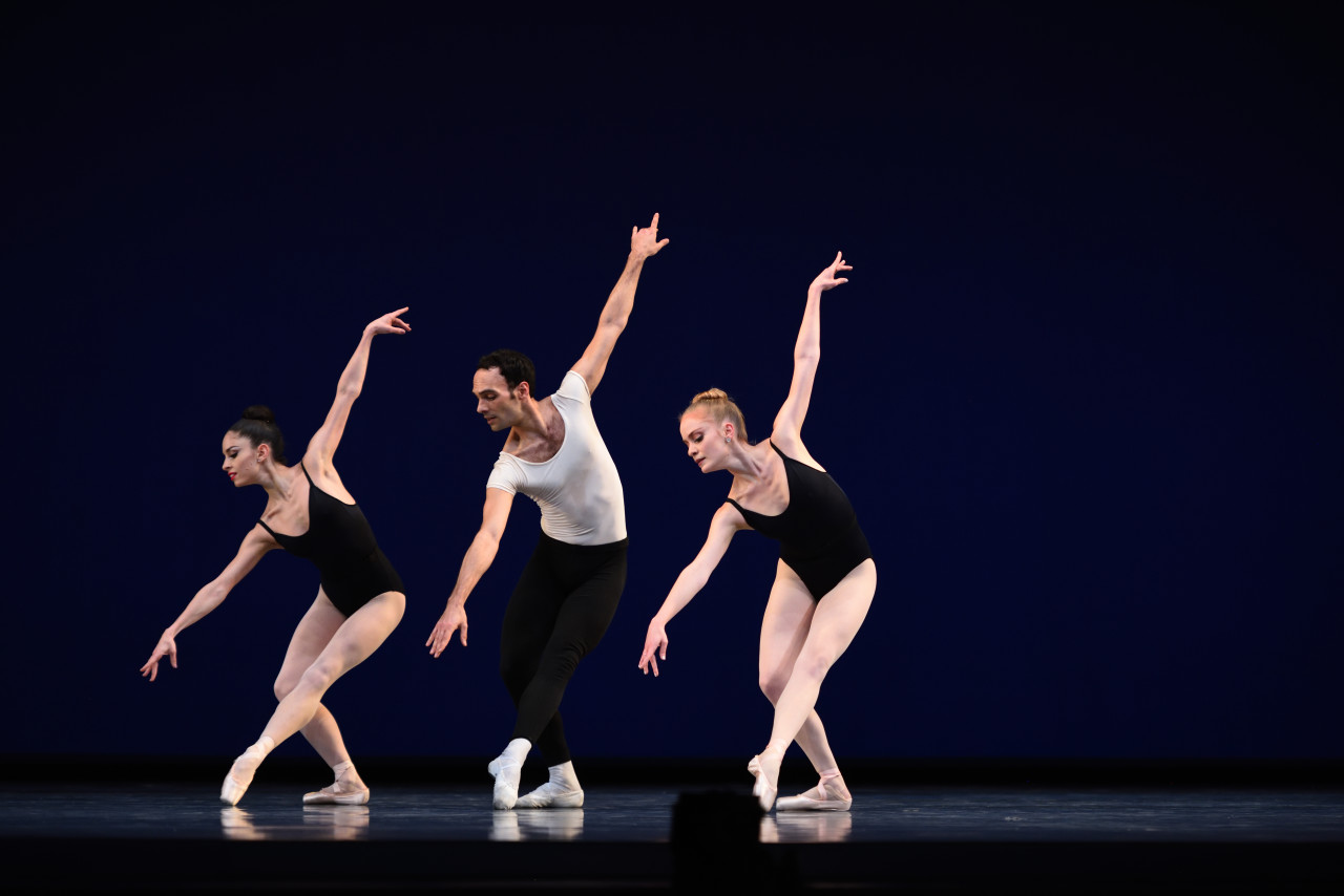 Dores André, Jaime Garcia Castilla and Sasha De Sola in Balanchine's Agon (Photo: Erik Tomasson)